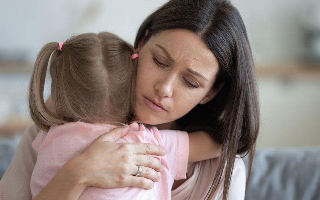 Wie du in 5 Schritten dein Kleinkind empathisch durch den Wutanfall begleitest